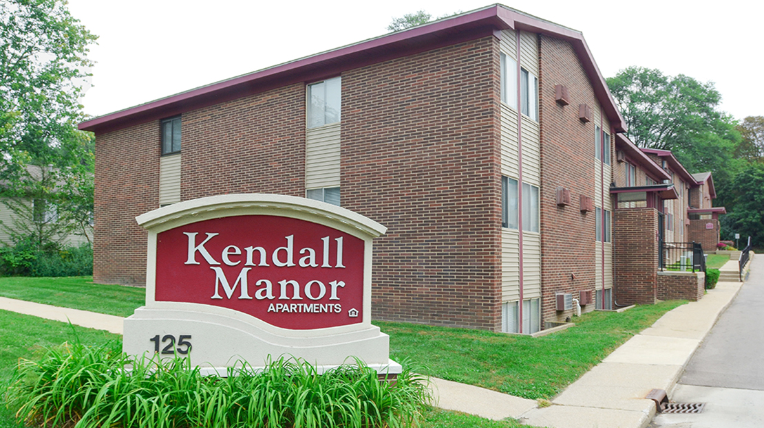 Kendall Manor