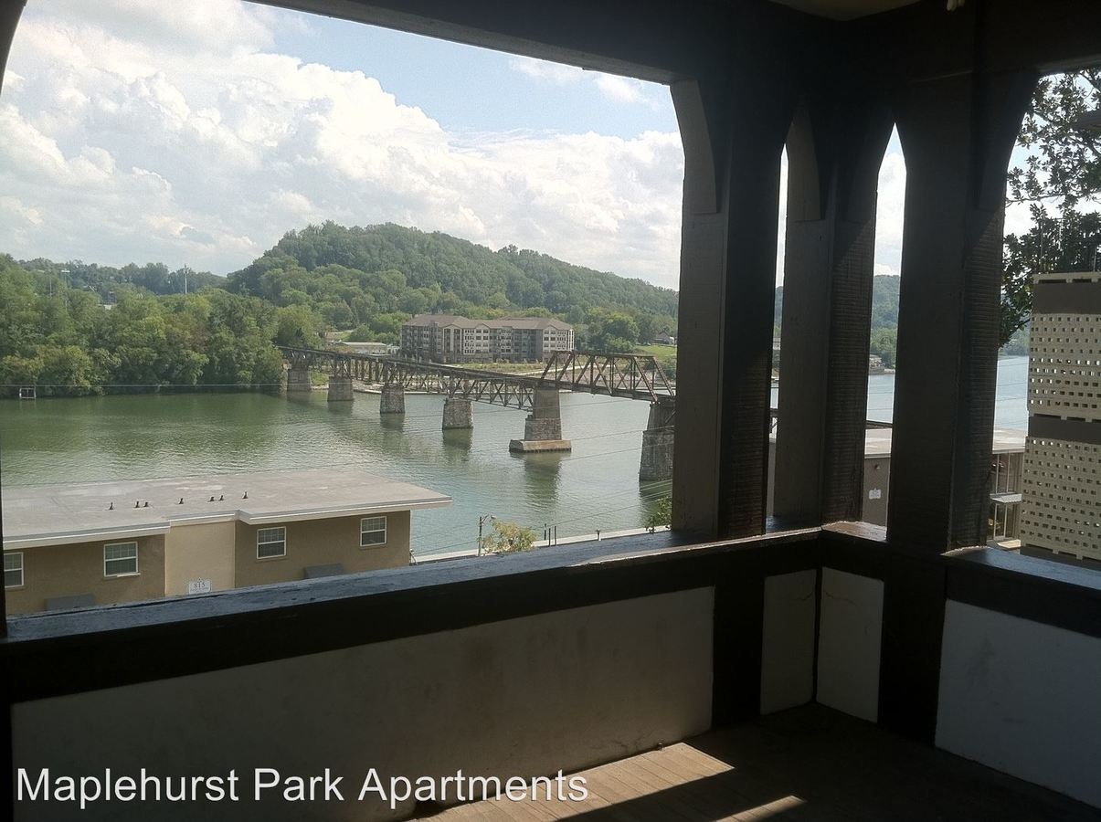 4 Bedrooms 1 Bathroom Apartment for rent at Maplehurst Park in Knoxville, TN