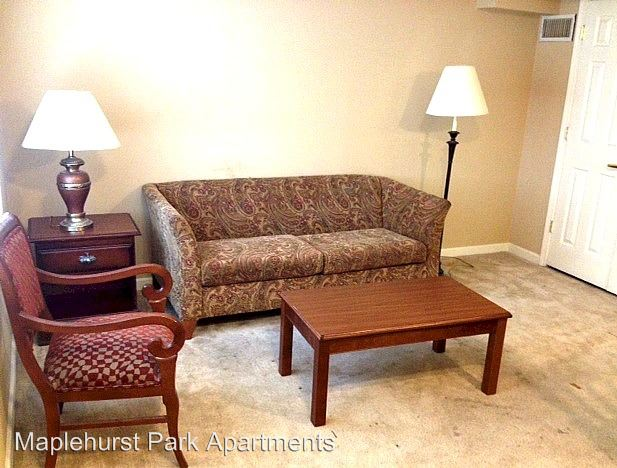 1 Bedroom 1 Bathroom Apartment for rent at 814 W. Hill Avenue in Knoxville, TN