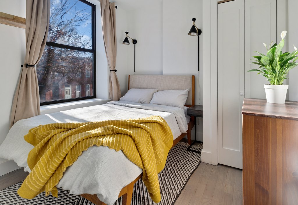 1 Bedroom 1 Bathroom Apartment for rent at Private Furnished Bedroom In Shared Apartment. Chic 3 Bed 1 Bath, Flexible Lease in New York, NY