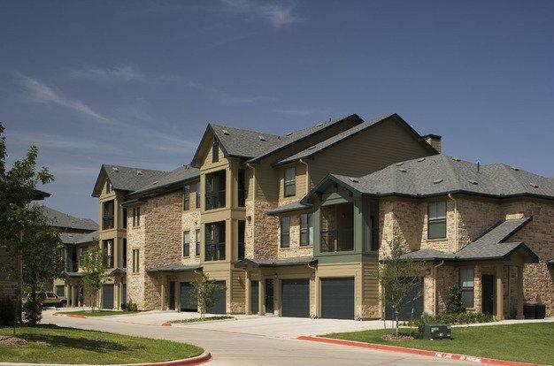 lakeside villas apartments grand prairie tx