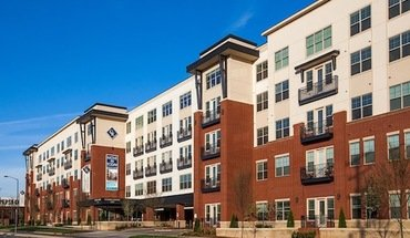 Colonial Reserve At South End Apartment for rent in Charlotte, NC
