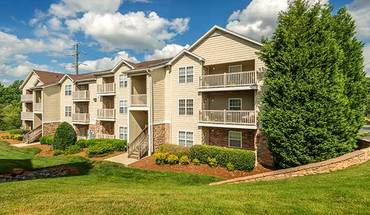 Colonial Grand At Legacy Park Apartment for rent in Charlotte, NC