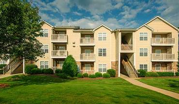 Colonial Grand At Trinity Commons Apartment for rent in Raleigh, NC