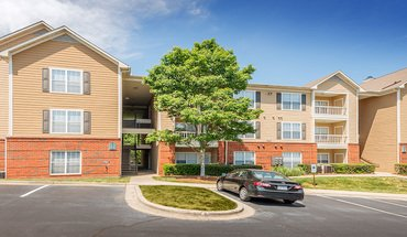 Colonial Grand At Mallard Lake Apartment for rent in Charlotte, NC