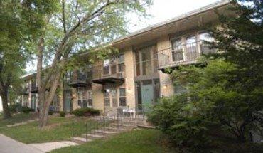 Similar Apartment at 904 Jenifer St