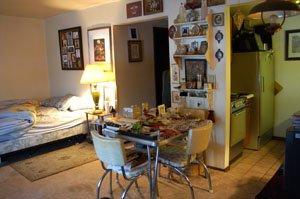 Studio 1 Bathroom Apartment for rent at 906 Jenifer St in Madison, WI