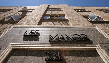Lee Manor
