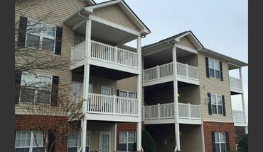 Pavilion Crossings Apartment for rent in Charlotte, NC