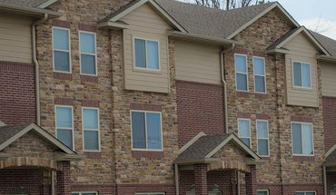 The Pointe At Rock Quarry Park Apartment for rent in Columbia, MO