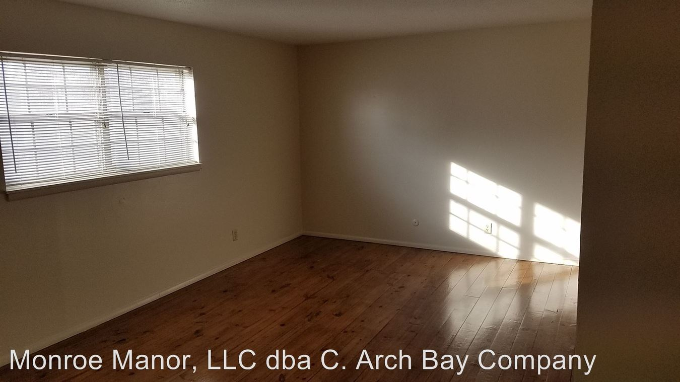 1 Bedroom 1 Bathroom Apartment for rent at 621 E. Bear Blvd in Springfield, MO