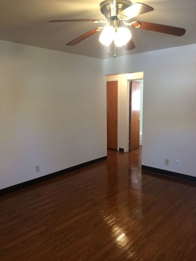 1 Bedroom 1 Bathroom Apartment for rent at 440 E. Cherry in Springfield, MO