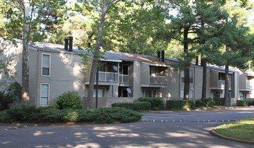 Similar Apartment at Sycamore Lake