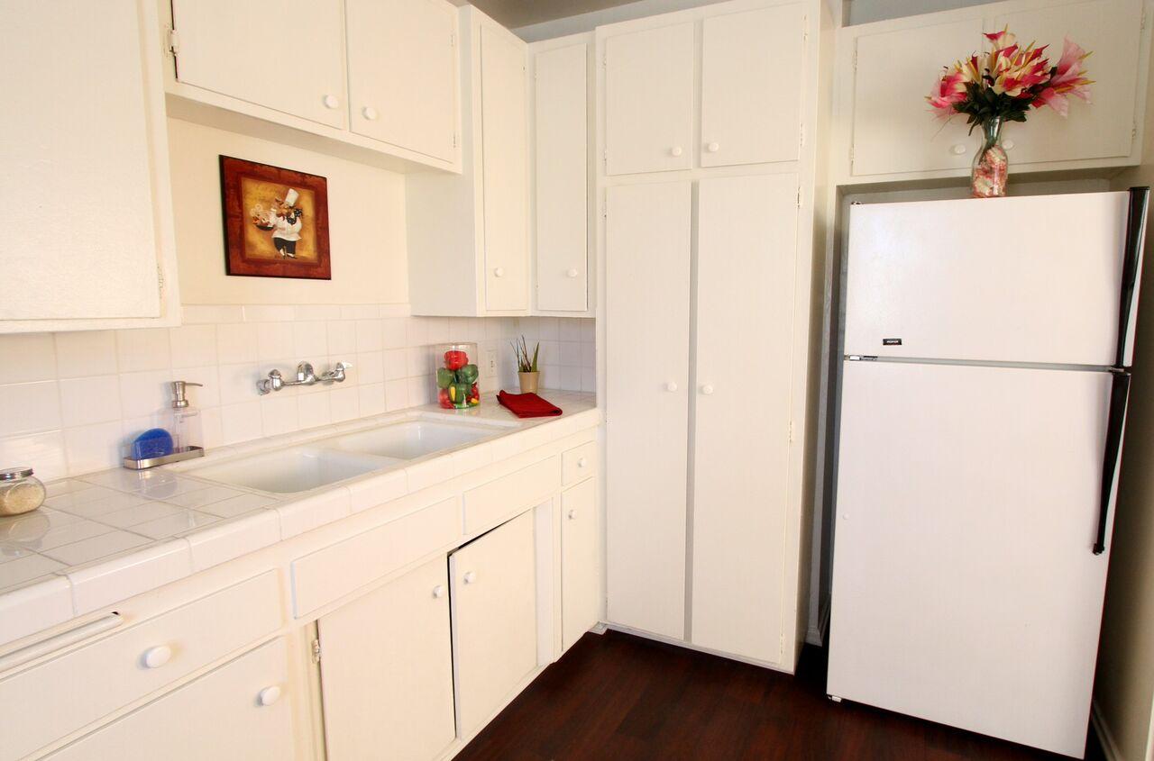 Studio 1 Bathroom Apartment for rent at Royal Sepulveda Apartment Homes in Van Nuys, CA