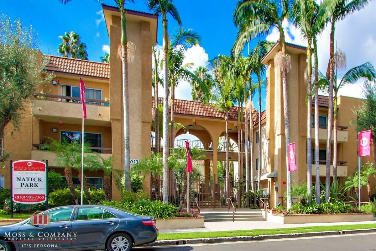 2 Bedrooms 2 Bathrooms Apartment for rent at Natick Park in Sherman Oaks, CA