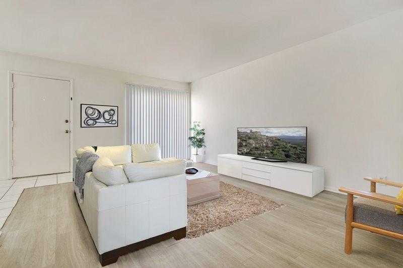 1 Bedroom 1 Bathroom Apartment for rent at Woodman Apartments in Arleta, CA