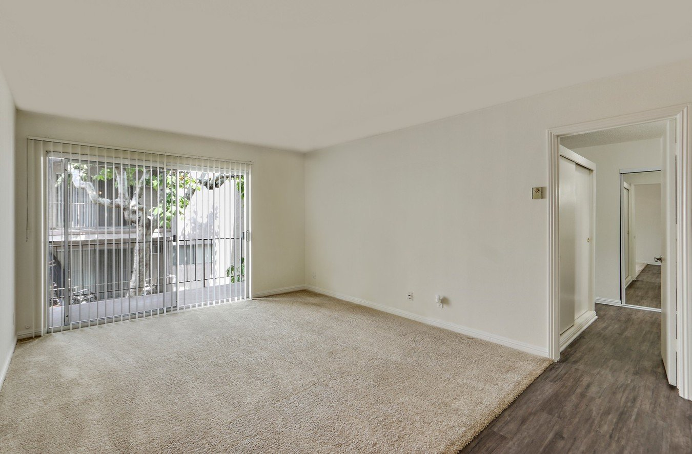 2 Bedrooms 2 Bathrooms Apartment for rent at Casa De Vida in Los Angeles, CA
