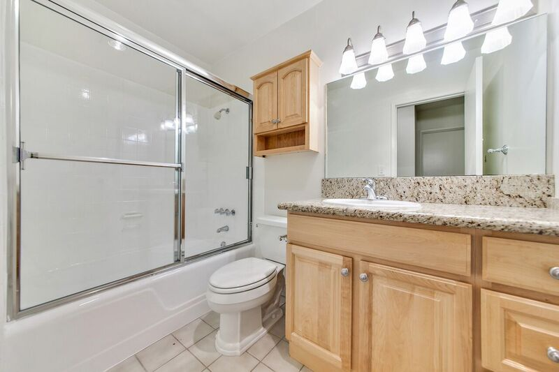 1 Bedroom 1 Bathroom Apartment for rent at The Brentwood Tuscany in Brentwood, CA