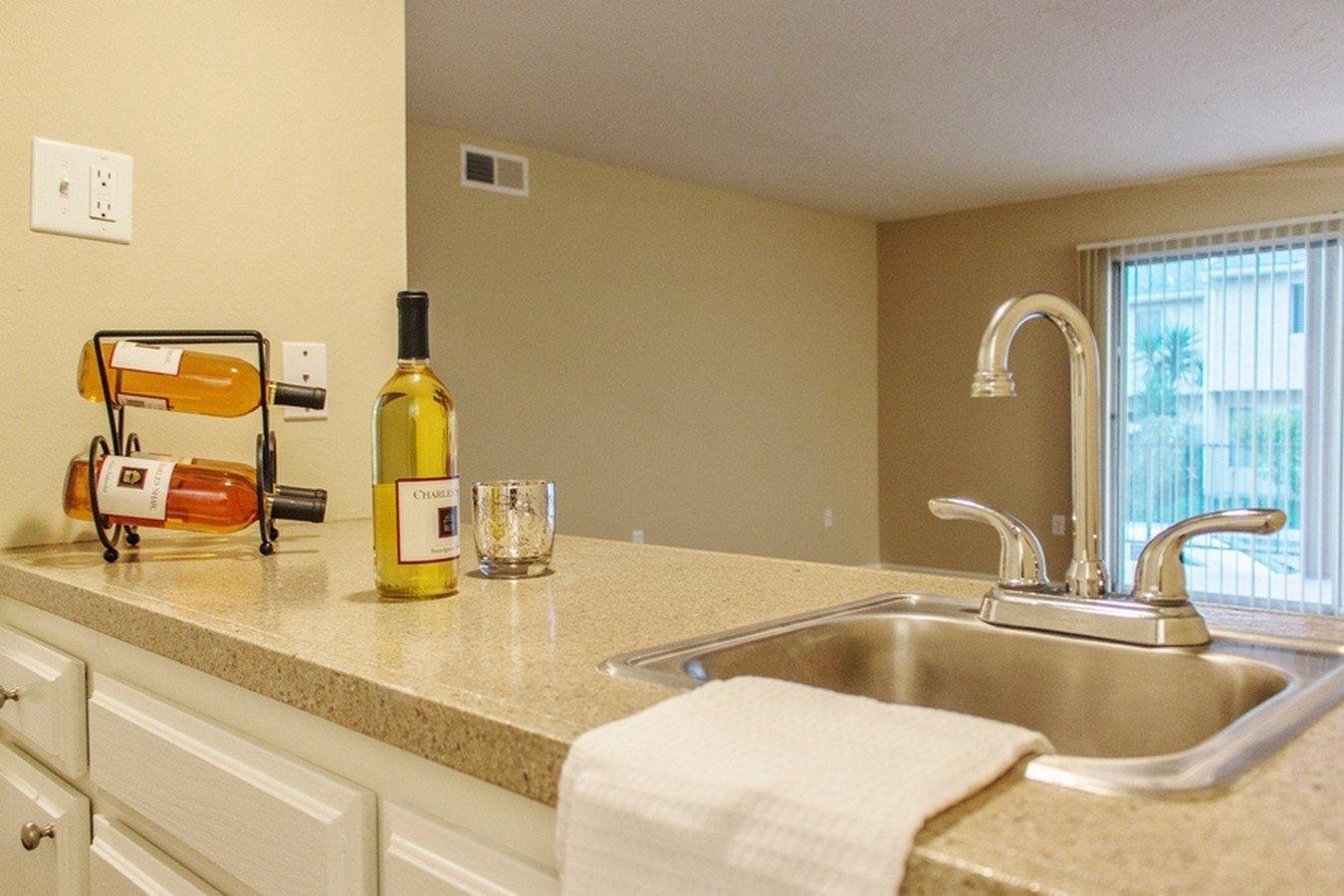 2 Bedrooms 2 Bathrooms Apartment for rent at Willis Park East in Sherman Oaks, CA