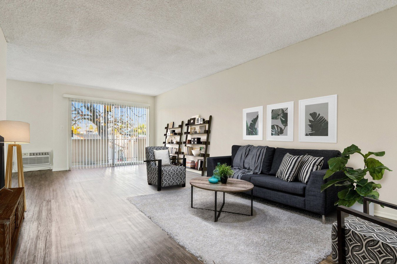 1 Bedroom 1 Bathroom Apartment for rent at Wooster in Los Angeles, CA