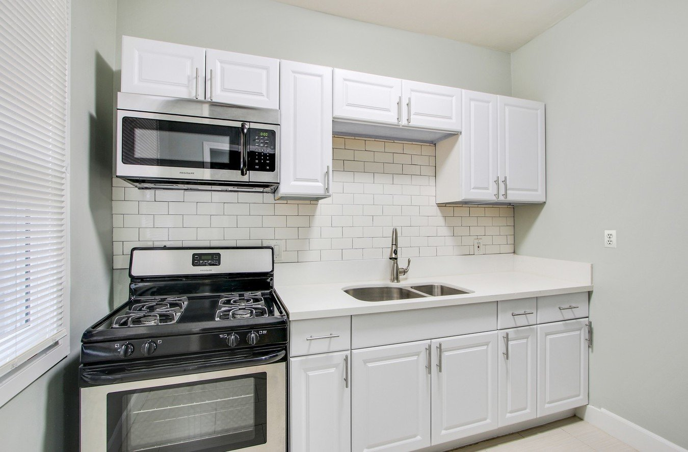 Studio 1 Bathroom Apartment for rent at The Bard in Los Angeles, CA