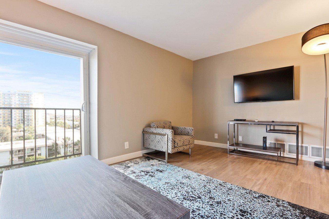 1 Bedroom 1 Bathroom Apartment for rent at Marina Tower in Marina Del Rey, CA