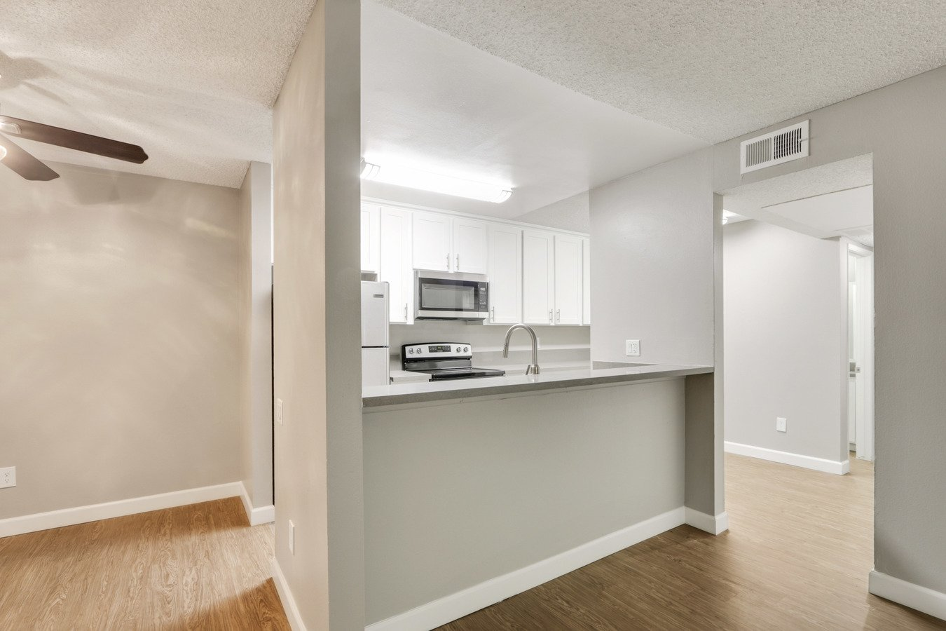 2 Bedrooms 2 Bathrooms Apartment for rent at Brookwood in Covina, CA