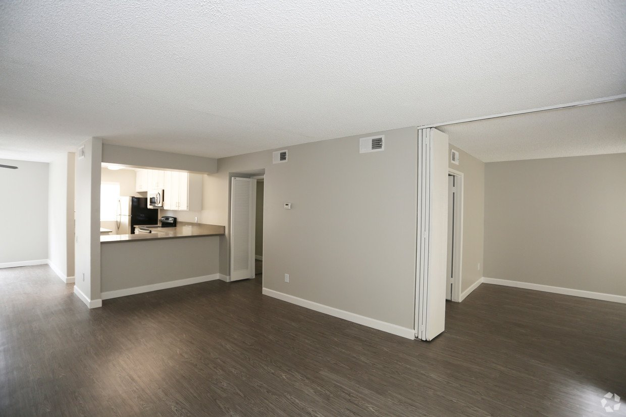 1 Bedroom 1 Bathroom Apartment for rent at Brookwood in Covina, CA