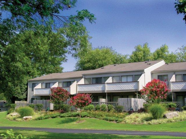 Lakes At Ridgeway Apartments Memphis, TN