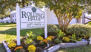 Similar Apartment at Rolling Hills Apartments