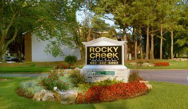 Similar Apartment at Rocky Creek