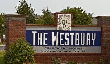Similar Apartment at Westbury