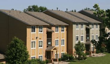Country Club Village Apts Townhomes Apartments Omaha Ne