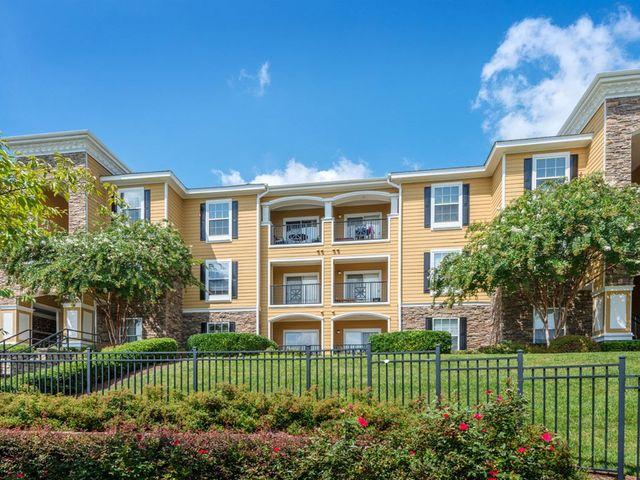 Courtney Oaks Apartments Charlotte, NC