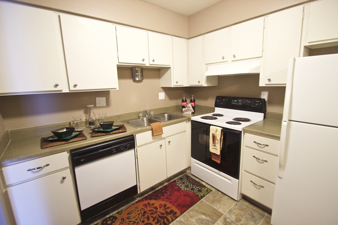Royalwood Apartments Omaha, NE