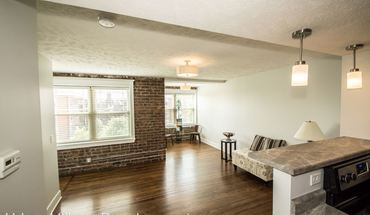 628 Park Ave Apartment for rent in Omaha, NE
