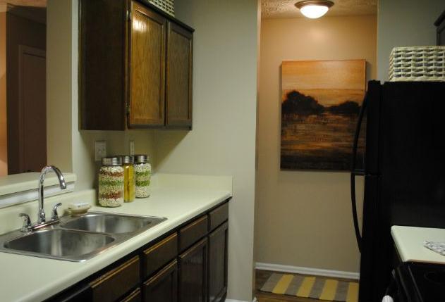 Woodmere Creek Apartments, Birmingham - (see pics & AVAIL)