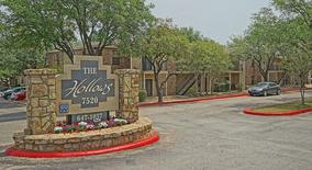 Similar Apartment At The Hollows
