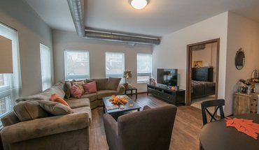 Washington Plaza Apartment for rent in Madison, WI