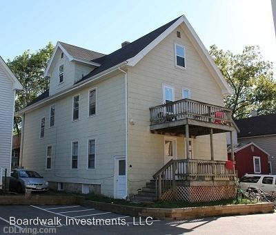 4 Bedrooms 1 Bathroom Apartment for rent at 1226/28 Mound Street in Madison, WI