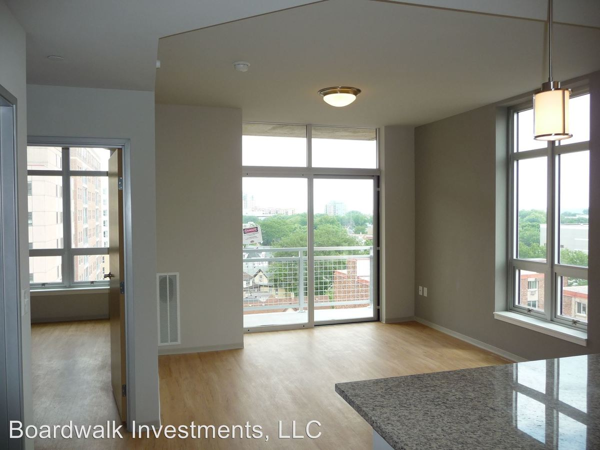 2 Bedrooms 2 Bathrooms Apartment for rent at City View in Madison, WI