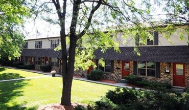 Cambria Townhomes Apartment for rent in East Lansing, MI