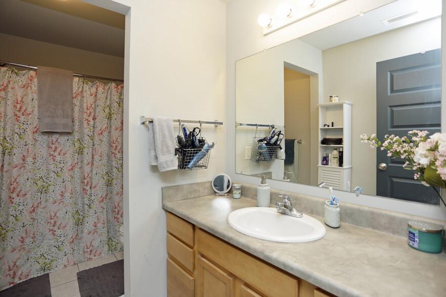 Hopson Flats Apartments