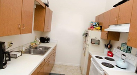1016 Chester Apartments Apartment for rent in Lansing, MI