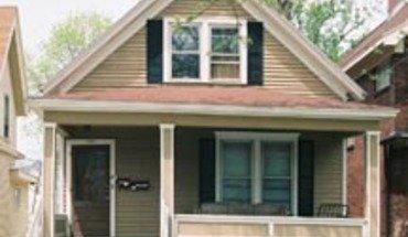 Similar Apartment at 426 W Washington Ave