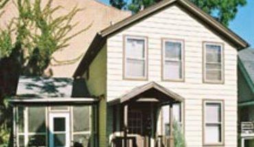 Similar Apartment at 410 1/2 E Washington Ave
