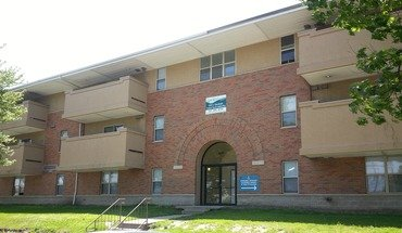 609 S Randolph Apartment for rent in Champaign, IL