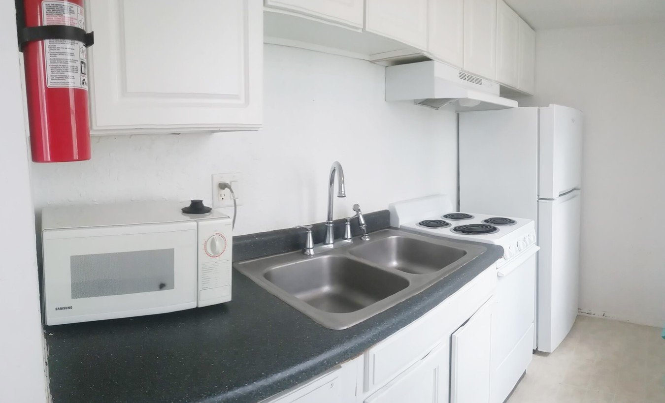 Studio 1 Bathroom Apartment for rent at 310 E Chalmers in Champaign, IL