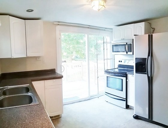 4 Bedrooms 2 Bathrooms House for rent at 210 West Washington in Champaign, IL