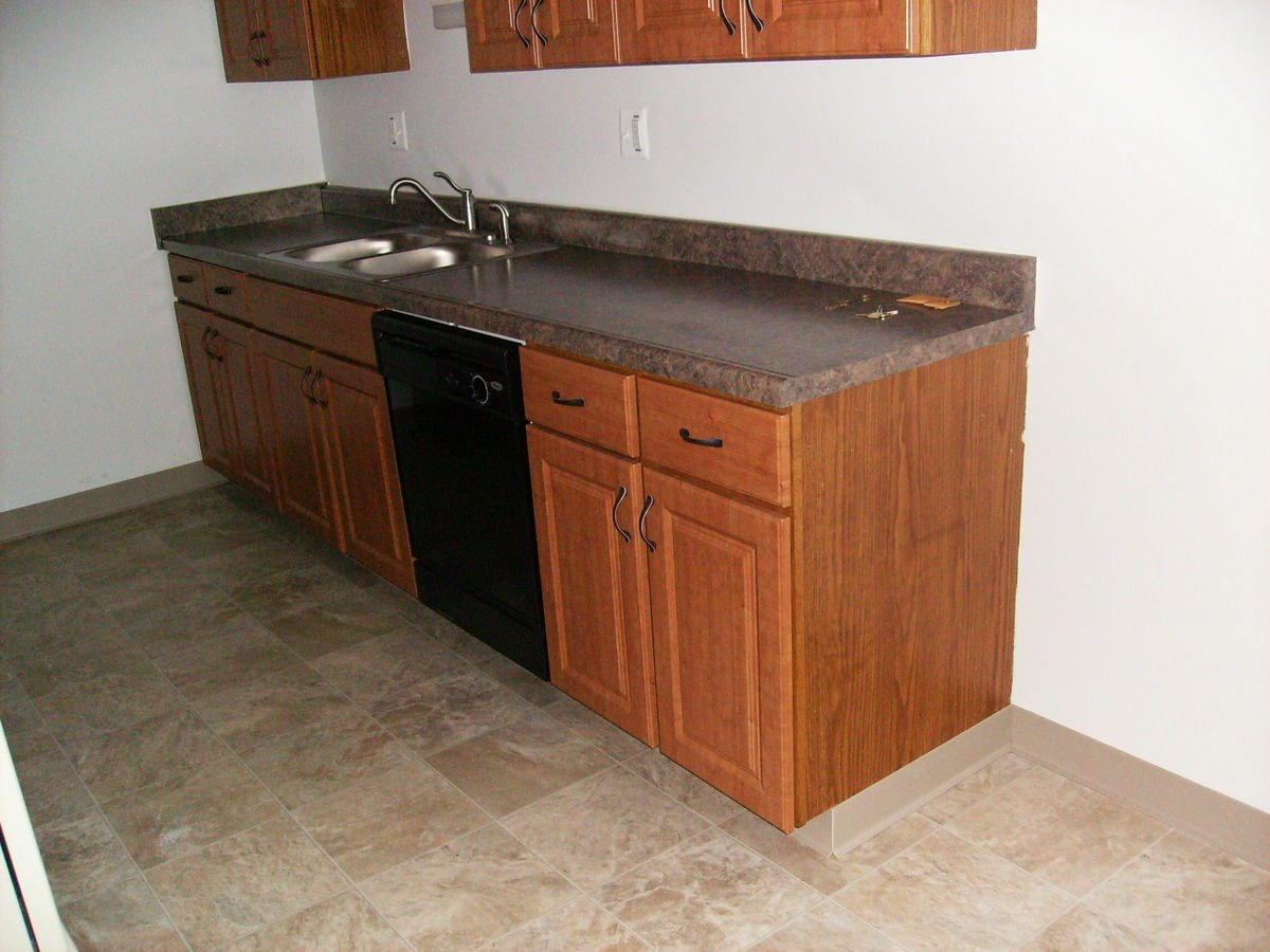 2 Bedrooms 1 Bathroom Apartment for rent at Colonial Place Apartments in Lansing, MI
